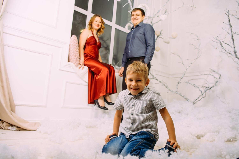 Семейная фотосессия в фотостудии Киева