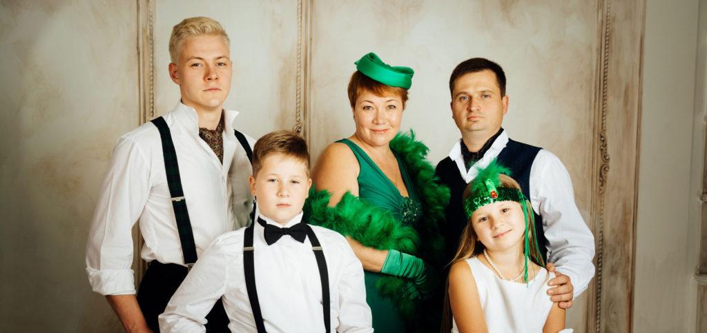 Семейная фотосессия в студии киев фотограф ретро