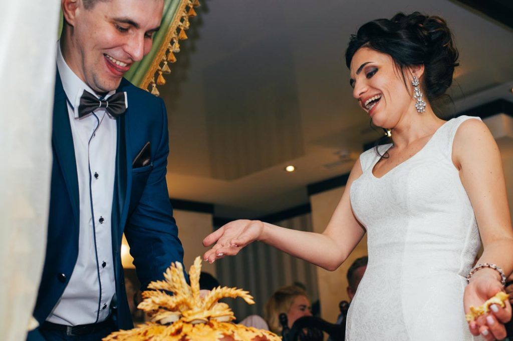 Каравай на свадьбе в Киеве современная свадьба