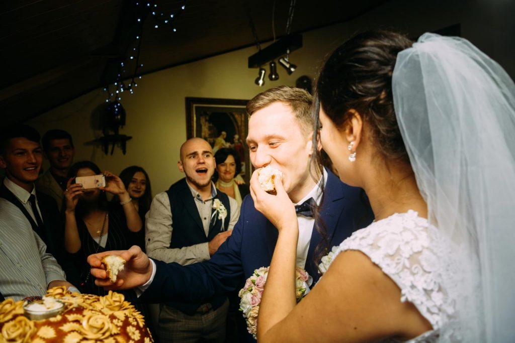 Каравай на свадьбе Киев
